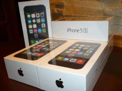 For Sale brand newApple iPhone 5S 32GB Unlocked